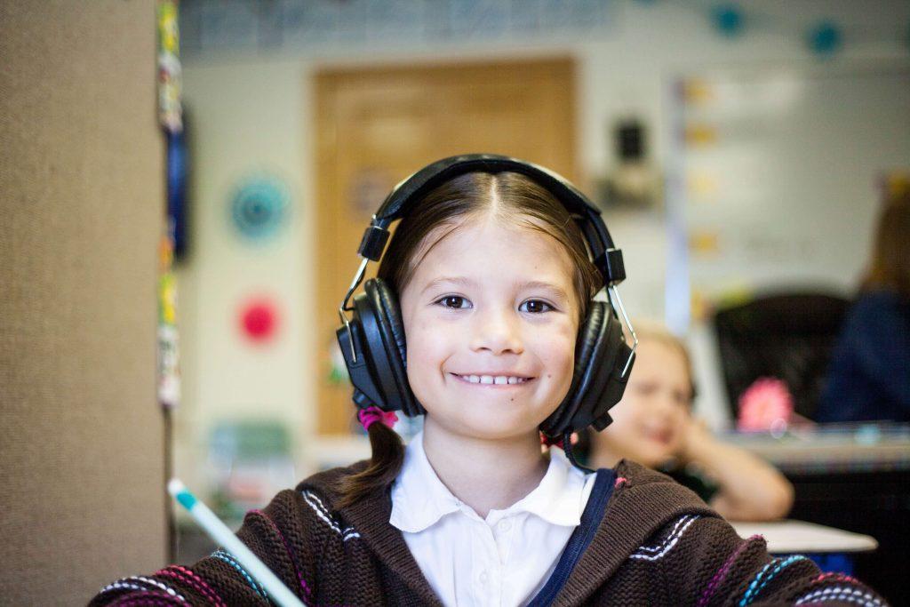 Hörtherapie hilft bei ADHS, Gleichgewichtsproblemen, Hyperaktivität, Rechenschwäche, Angst, Aggression und authistisches Verhalten