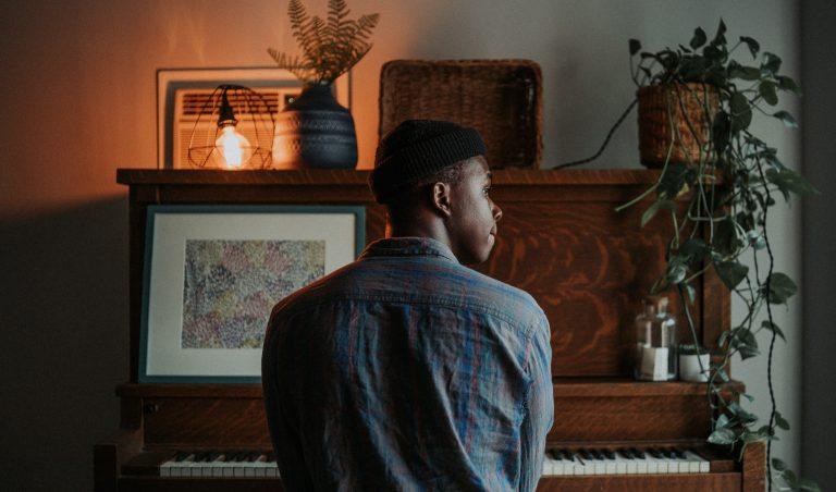 Tomatis Therapie für Schauspieler, Sänger und Musiker